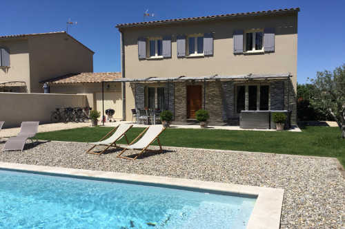 Provence Bike trips: The new Self-Catering Villa in Taillades.