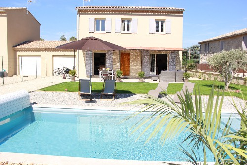 Provence Cycling Holidays: The new Self-Catering Villa in Taillades.